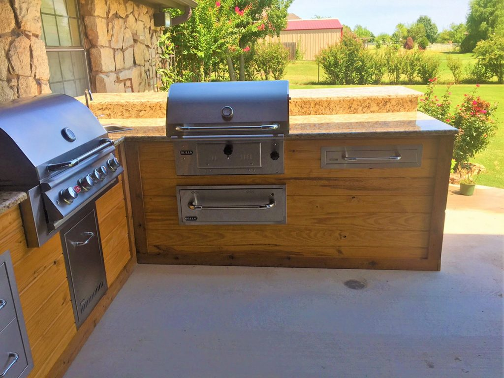 Outdoor Kitchen Double Grill