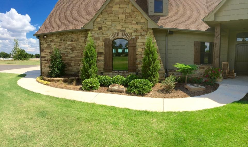 OKC Landscaping Flowerbed